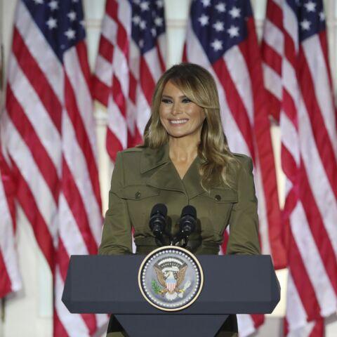 PHOTOS – Melania Trump ose la tenue de «guerrière» pour soutenir son mari