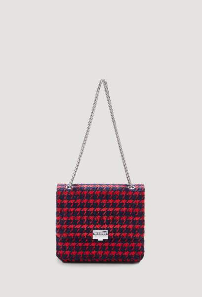 Sac en tweed punk chic, 245€, Claudie Pierlot