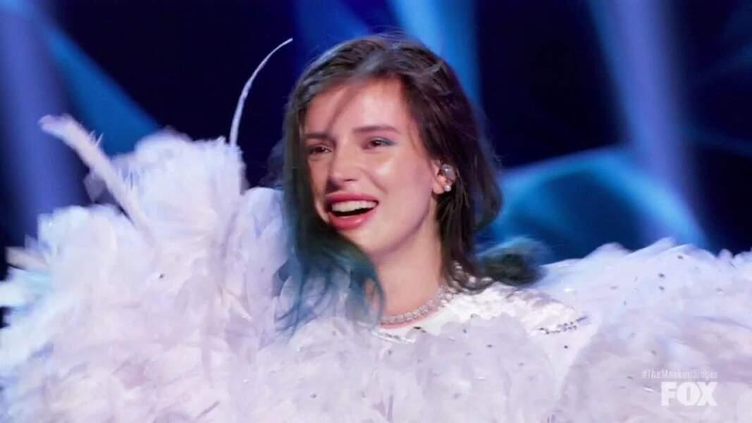 Bella Thorne est une adepte du polyamour et a entretenu simultanément une relation avec un rappeur et une Youtubeuse