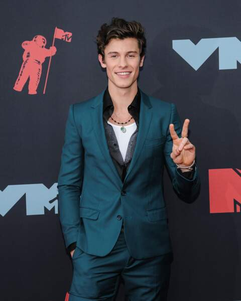 Shawn Mendes à la remise de prix de la cérémonie des MTV Video Music Awards (MTV VMA's) à Newark dans le New Jersey