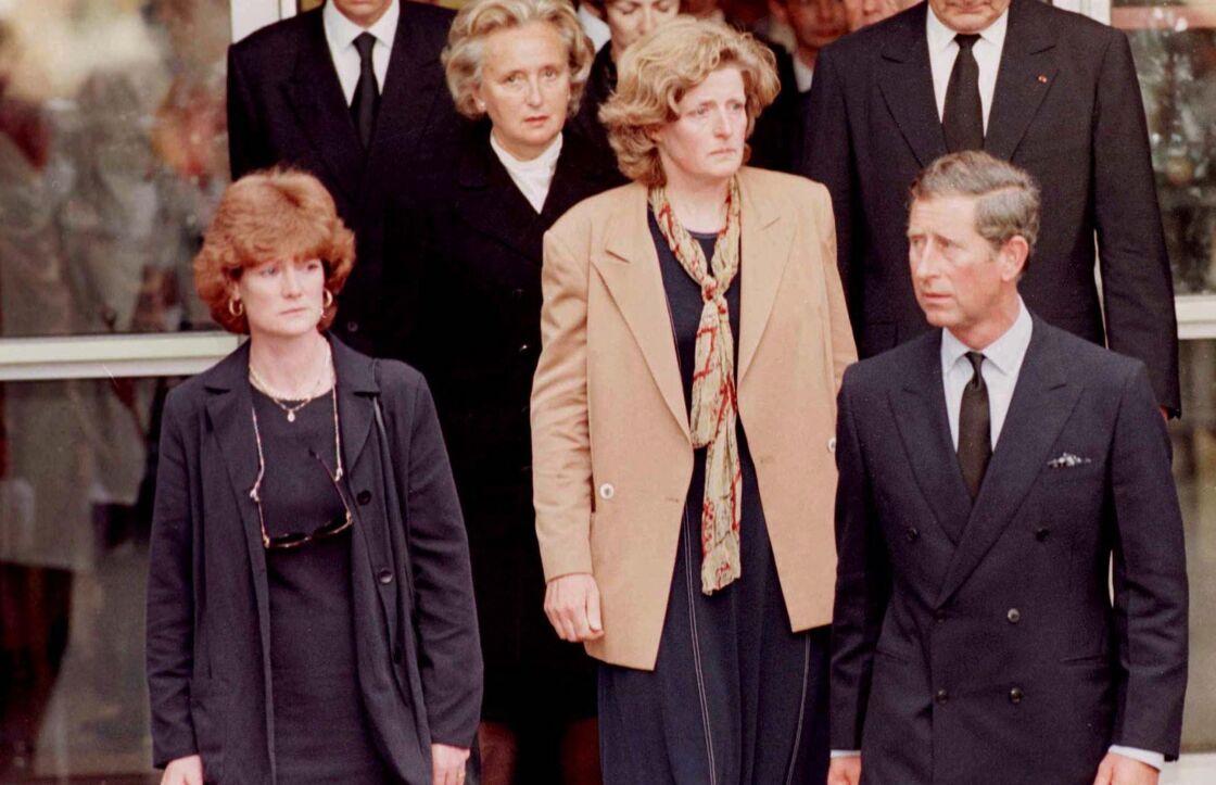 À l'annonce de la mort de Diana, Jane a pris le premier avion pour Paris, aux côtés de Charles et de Sarah, sa soeur aînée