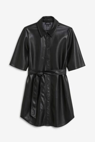 Robe, 50€, Monki.
