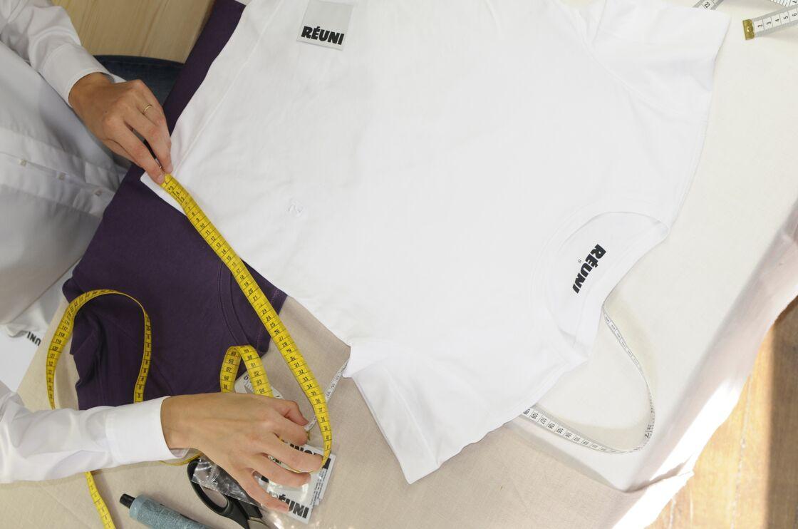 Réuni a commencé son aventure avec un t-shirt : simple mais efficace.