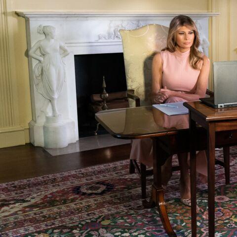 Melania Trump entre au musée… mais ce n'est pas flatteur