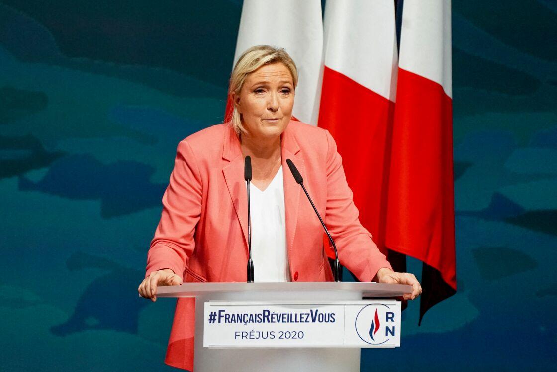 Marine Le Pen, lors de son discours de rentrée à Fréjus, ce 6 septembre, avec pour nom de campagne