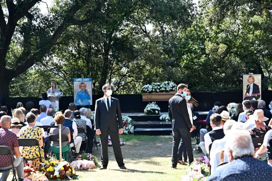 Michèle Lebon, la nièce d'Annie Cordy, prend la parole à ses obsèques