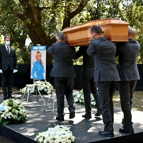 PHOTOS – Obsèques d'Annie Cordy: Dave, Michele Torr, réunis autour de sa nièce bouleversée