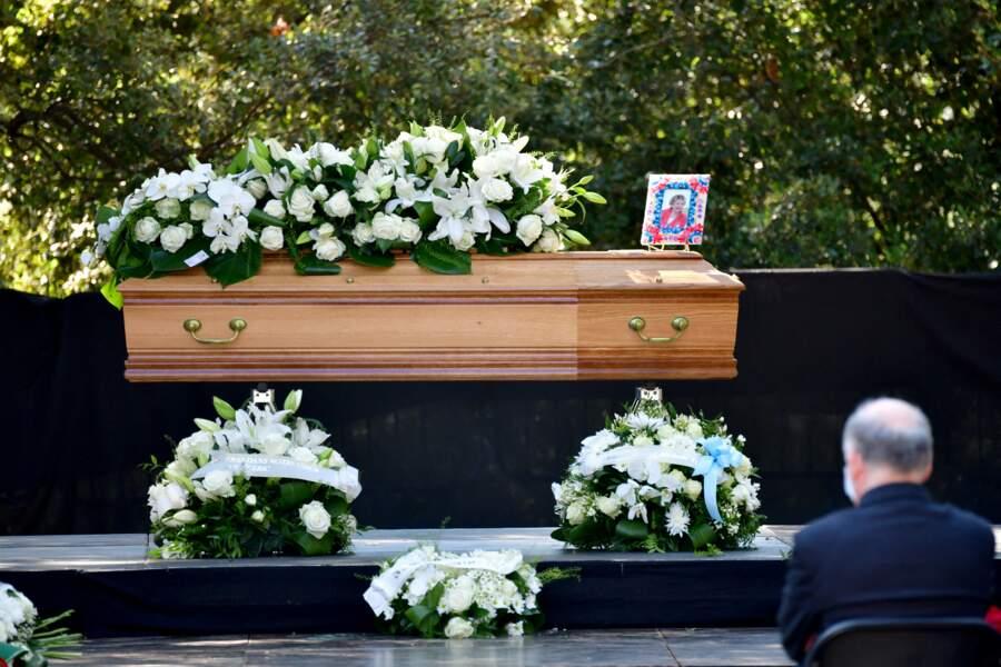 Le cercueil d'Annie Cordy, à Cannes le 12 septembre 2020