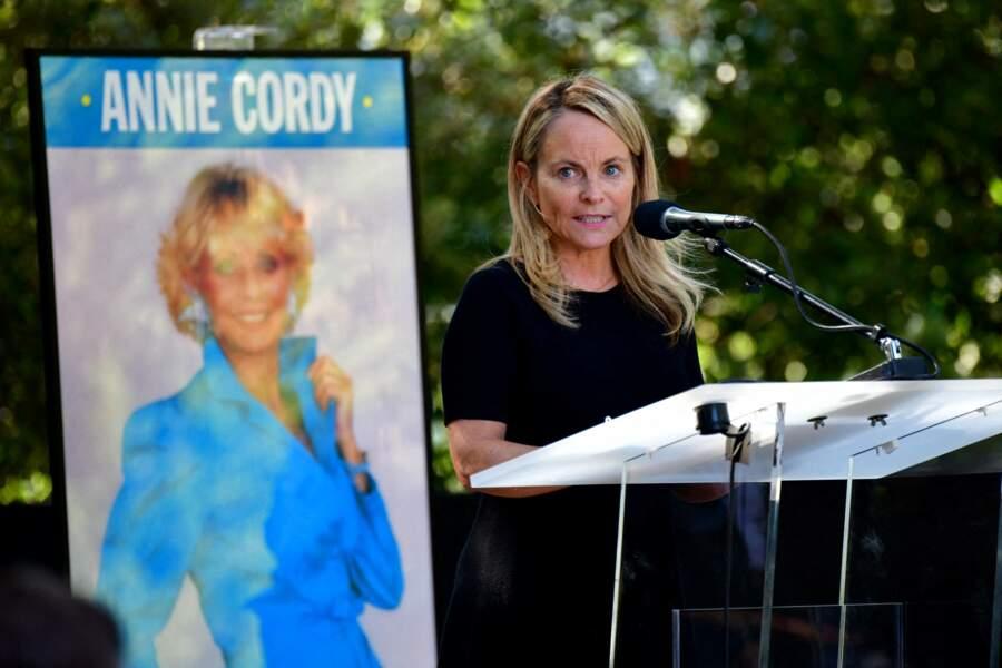 La directrice adjointe de la programmation de France 2 Emmanuelle Guilcher aux obsèques d'Annie Cordy