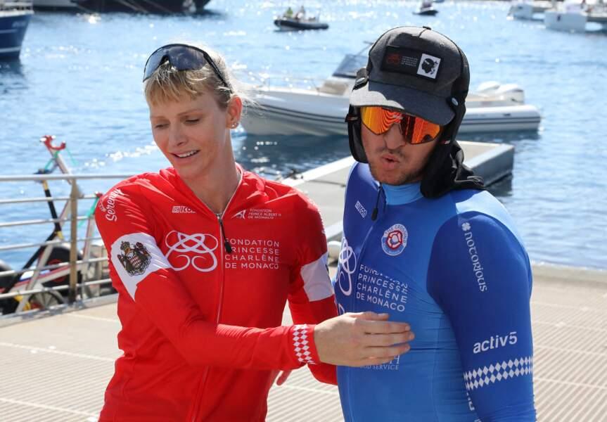 La princesse Charlène de Monaco et son frère Gareth Wittstock à l'arrivée du défi sportif qui déroulé les 12 et 13 septembre.