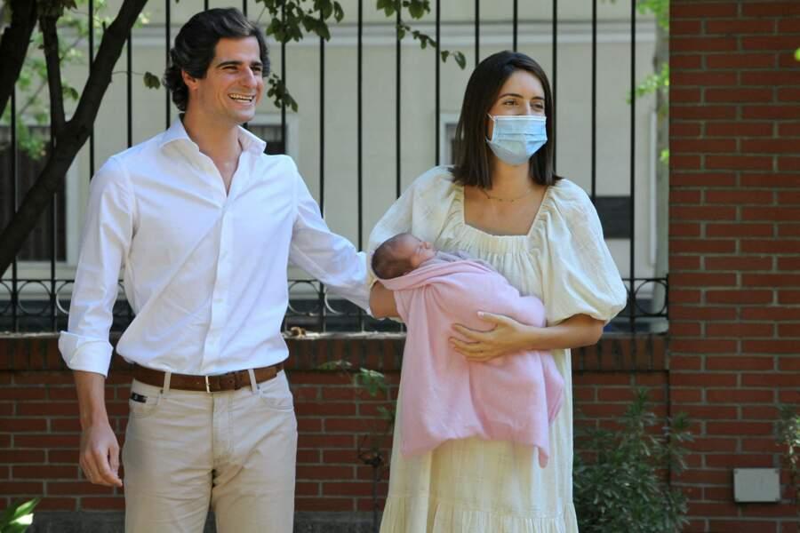 Sofia Palazuelo masquée pour protéger sa fille la duchesse d'Albe