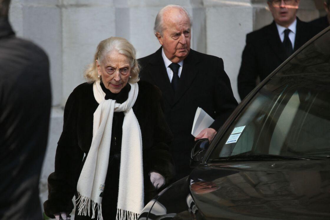 Le couple Balladur aux obsèques de Jean-Bernard Raimond à Neuilly-sur-Seine en 2016