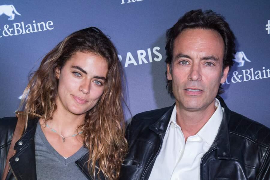 Anthony Delon et sa fille Alyson Le Borges, née en 1986 d'une liaison avec une danseuse du Crazy Horse, Marie-Hélène