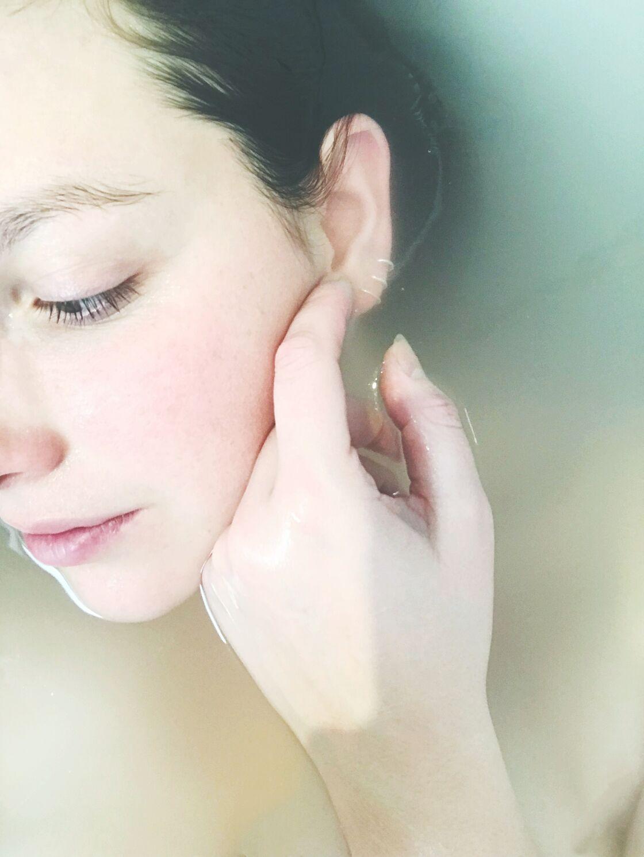 Vous avez une peau sensible si après quelques frottements ou l'application d'un soin, il rougit rapidement