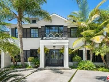 PHOTOS - Laeticia Hallyday : sa villa de Los Angeles mise en vente pour 15 millions d'euros