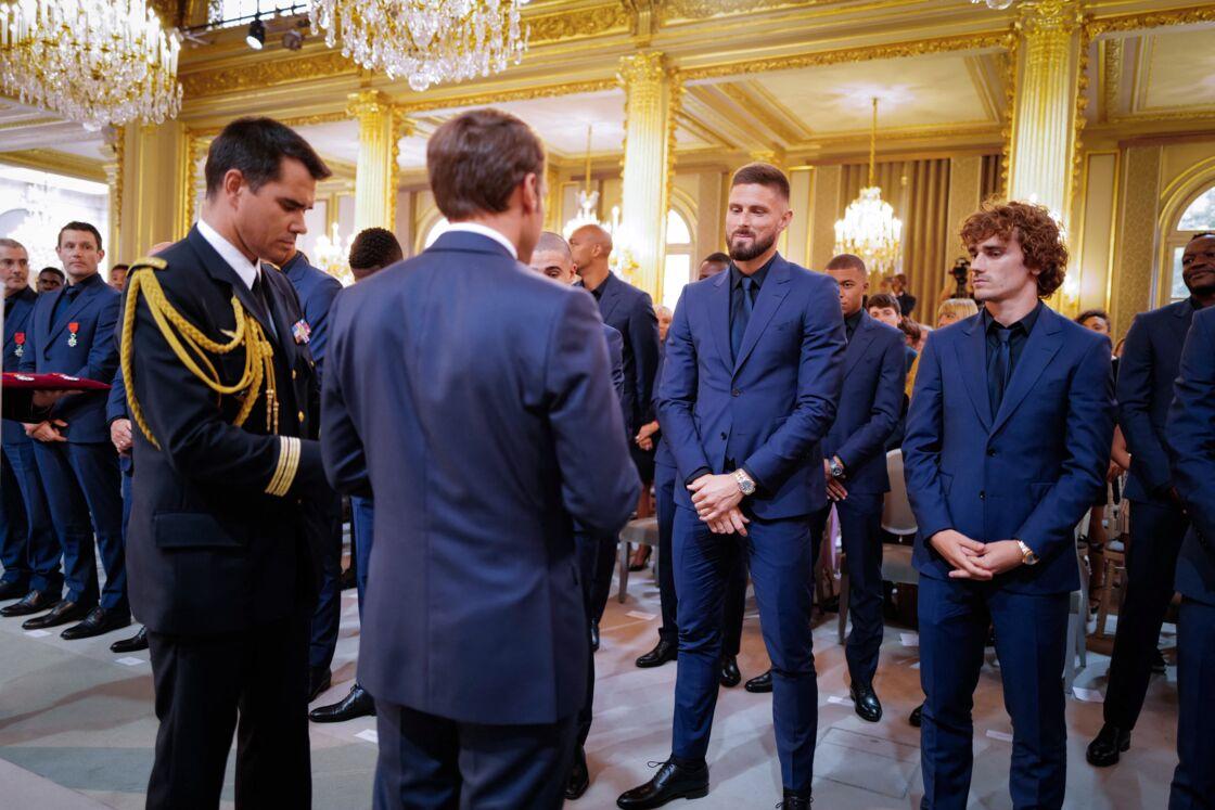 En juin 2019, Emmanuel Macron remettait la légion d'honneur aux footballeurs de l'équipe de France