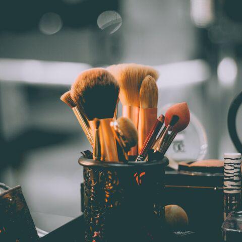 Maquillage: comment utiliser un pinceau correcteur pour camoufler les imperfections?