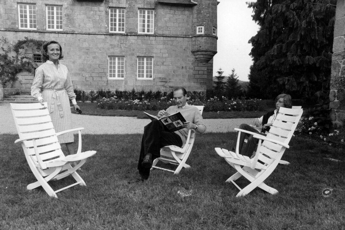 Bernadette et Jacques Chirac au château de Bity, en 1976.