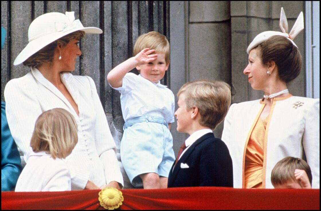 Lady Diana et la princesse Anne