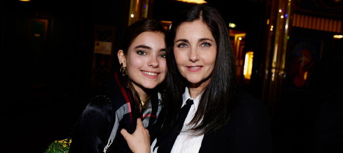 Cristiana Reali et sa plus jeune fille Toscane aux Molière, en mai 2019.