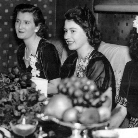 La reine Elizabeth II sous le charme d'un officier? Ces étonnantes révélations
