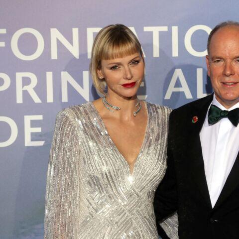 PHOTOS – Charlene et Albert de Monaco: ce geste tendre pour une soirée glamour