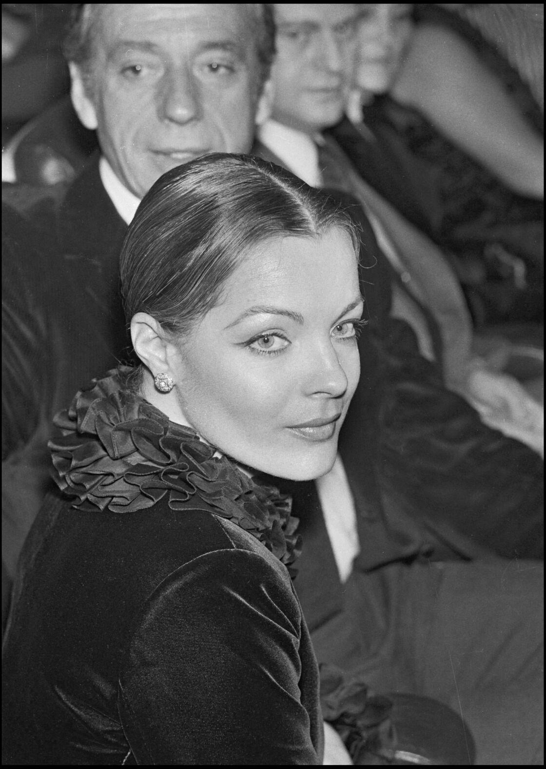 Romy Schneider à l'avant-première de César et Rosalie en 1972.