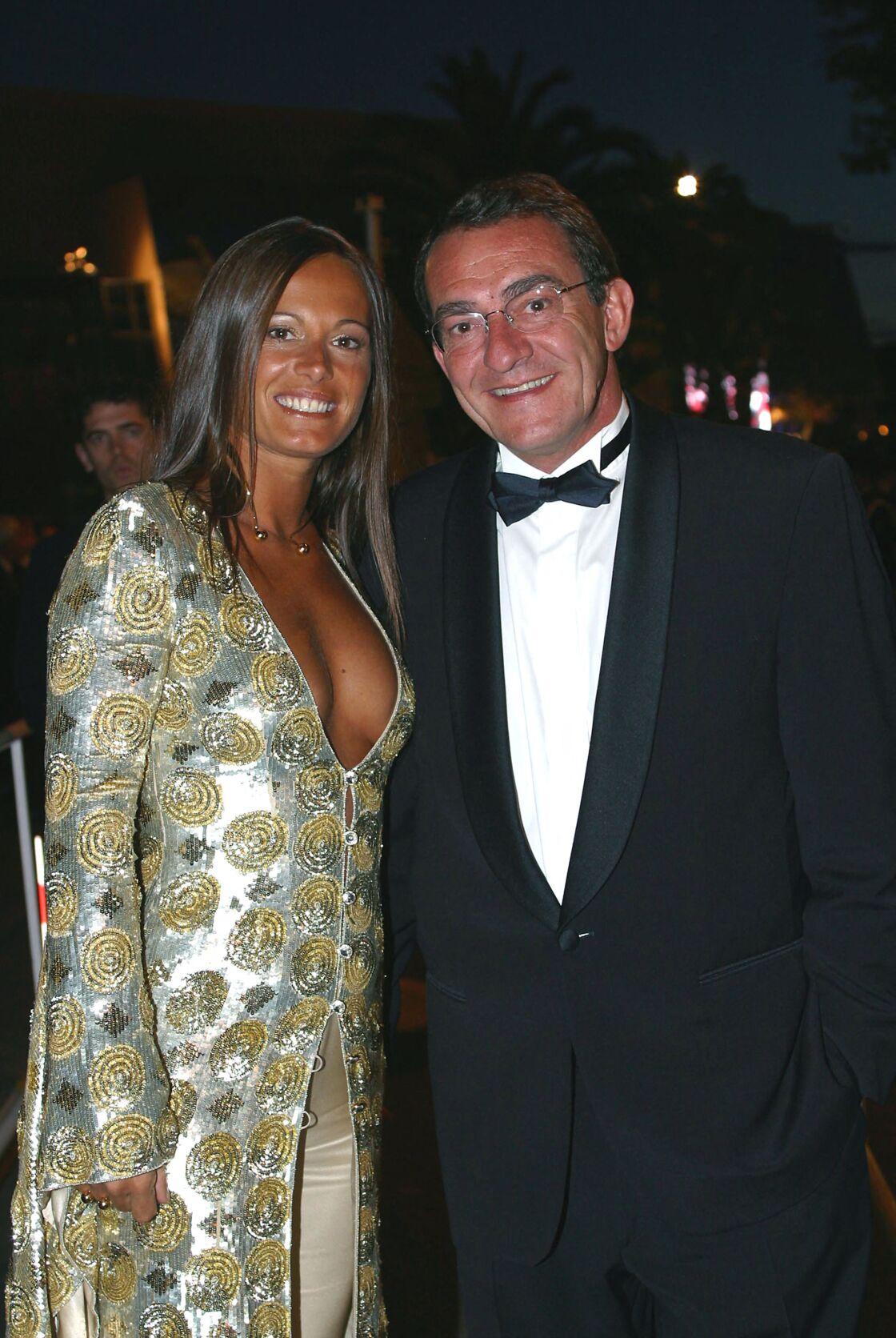 Jean-Pierre Pernaut et Nathalie Marquay au début de leur histoire officialisée à Cannes, en mai 2002.