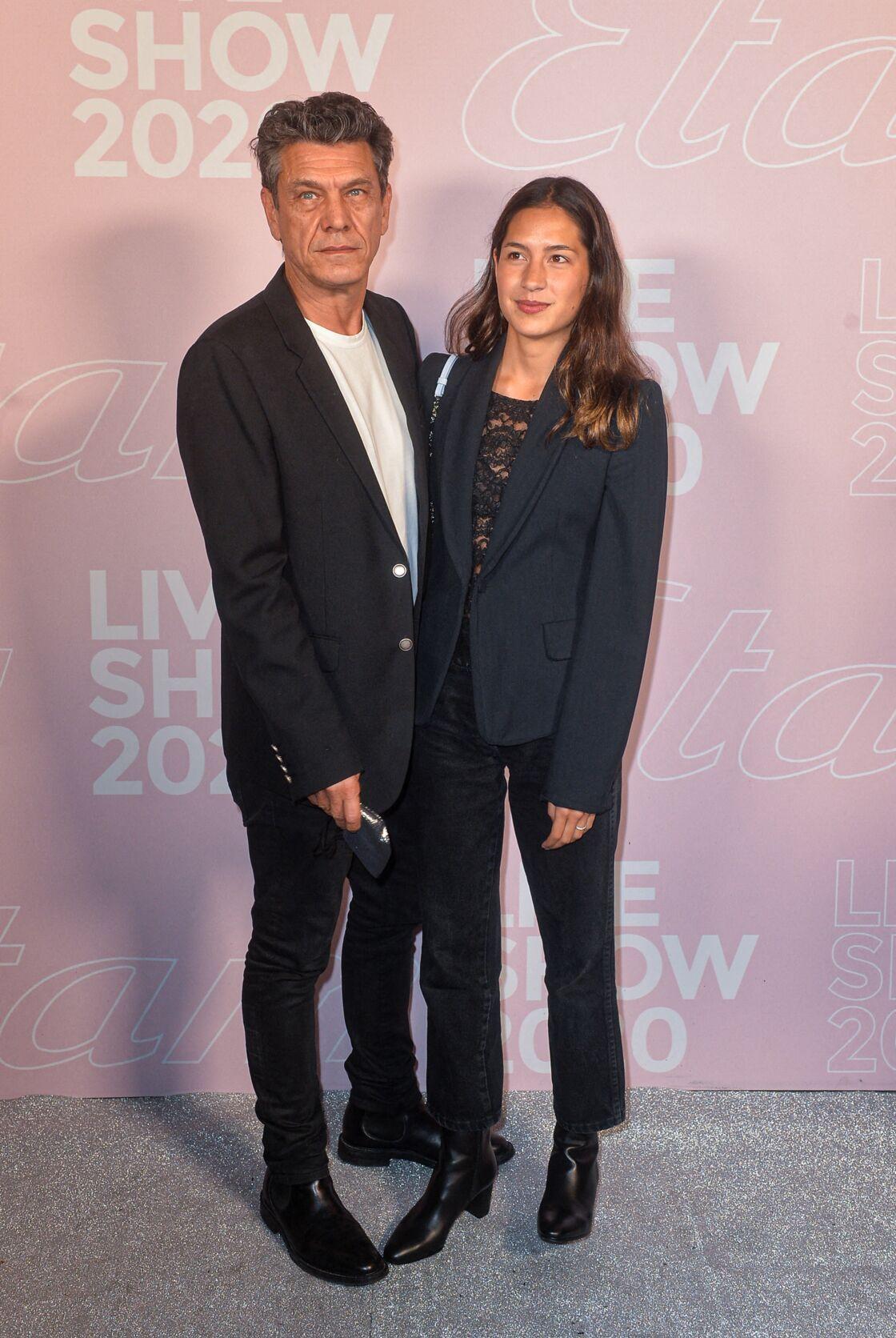Marc Lavoine et Line Papin - Photocall du défilé Etam Live Show 2020 à Paris le 29 septembre 2020.