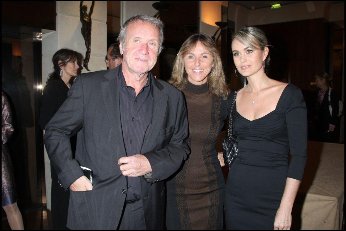Yves Rénier et sa femme, avec Laeticia Hallyday