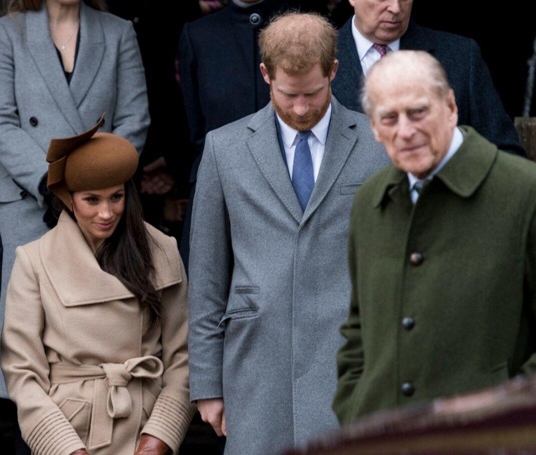 Meghan Markle et Harry, aux côtés du prince Philip, en 2017.