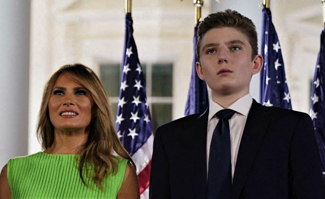 Melania Trump et son fils Barron lors de l'investiture de Donald Trump pour les élections de 2020, à Washington, le 27 août 2020.