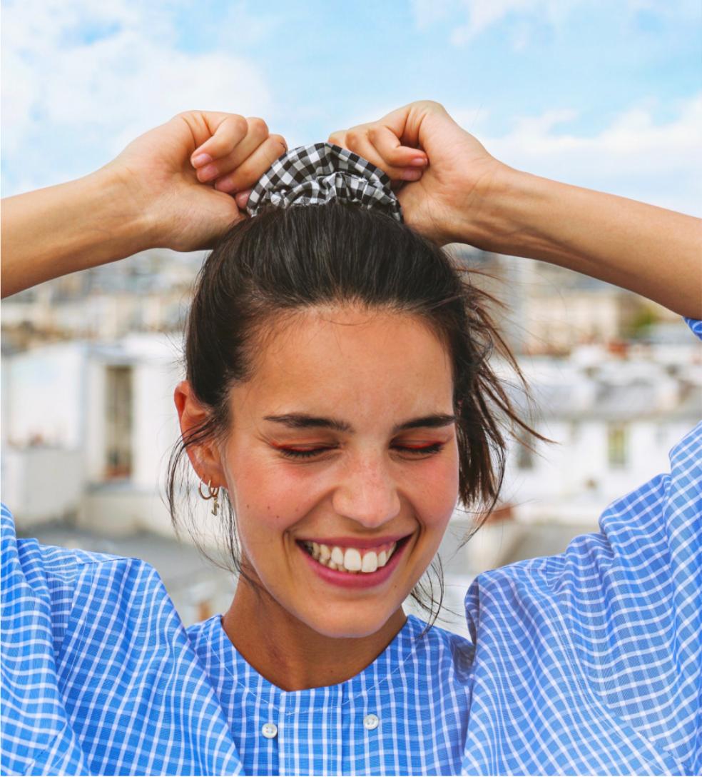 Monia Sbouaï a lancé sa marque, super marché, en 2016, depuis ses débuts, elle mêle savamment upcycling et insertion par le travail !