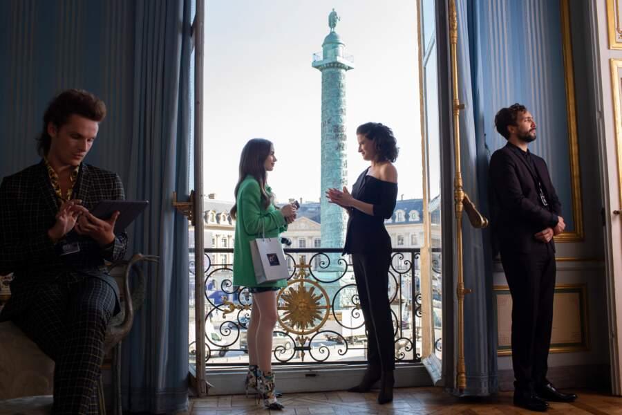 Lily Collins dans la série Emily in Paris sur Netflix
