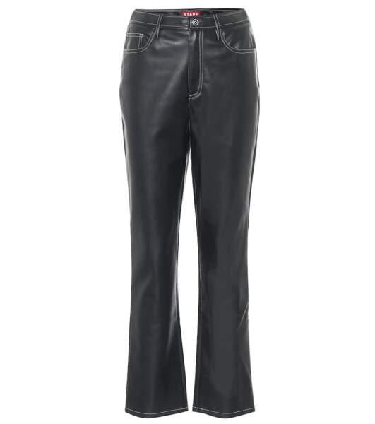 Pantalon Elie à taille haute en cuir synthétique, 350€, Staud sur Mytheresa.com