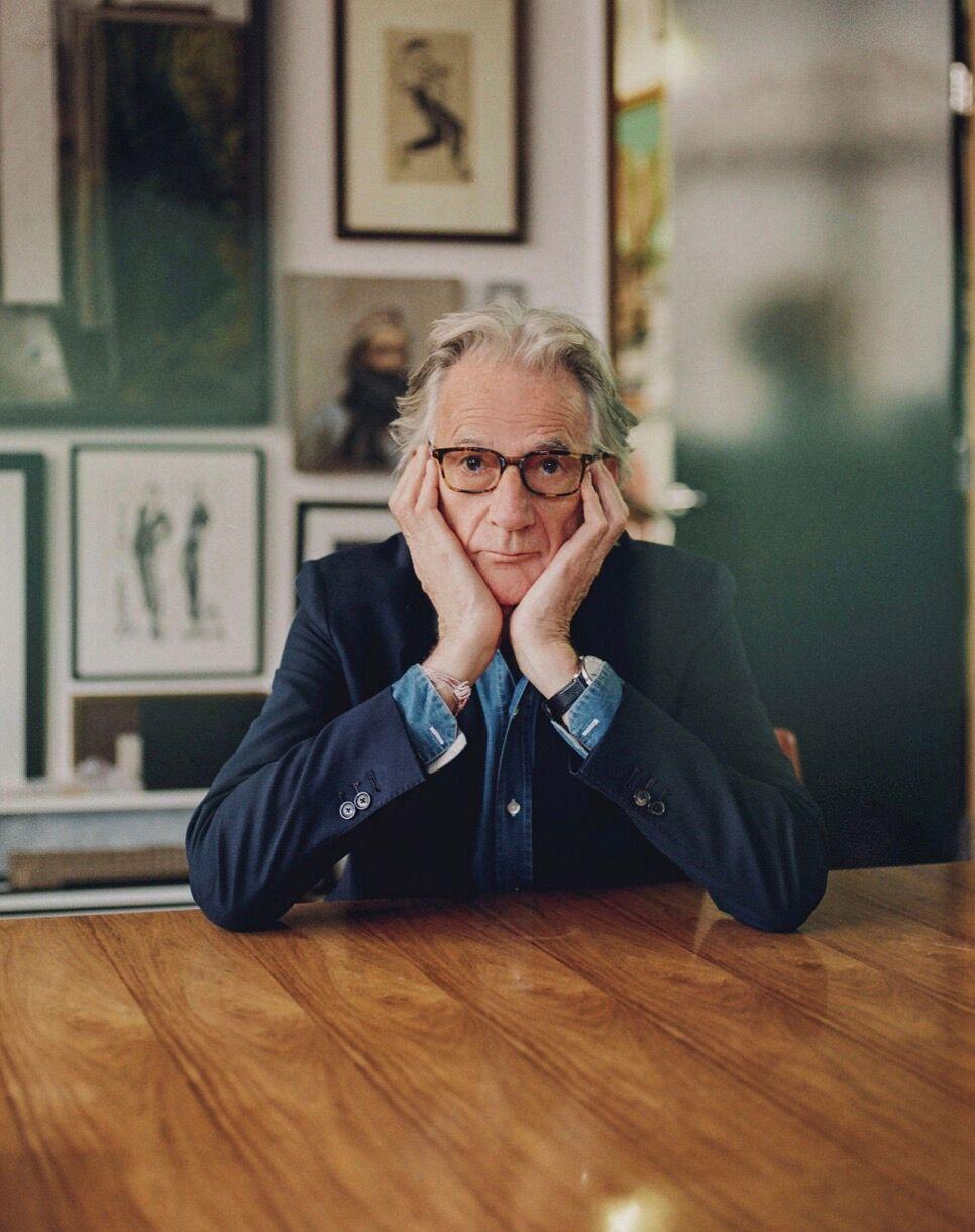Paul Smith, reconverti dans la mode en 1970 après un accident de vélo, veut croire que toute période de crise est vertueuse et enclenche un changement positif.