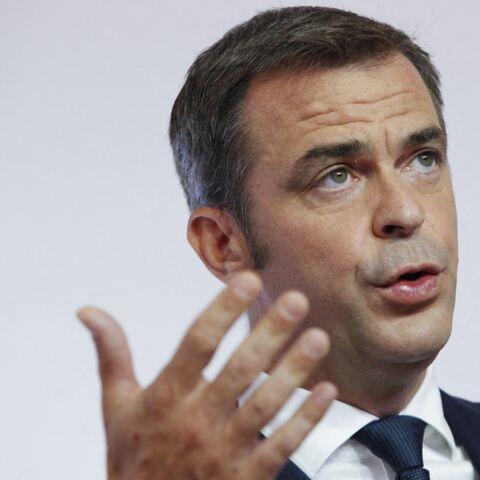 Olivier Véran acculé: Emmanuel Macron ménage son ministre