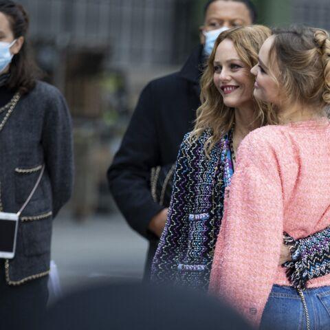 Vanessa Paradis et Lily-Rose Depp tendres et glamour à Paris