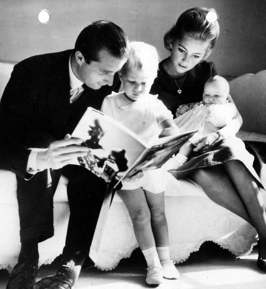 Le prince Albert et Paola, en 1962, avec le prince Philippe et la princesse Astrid.