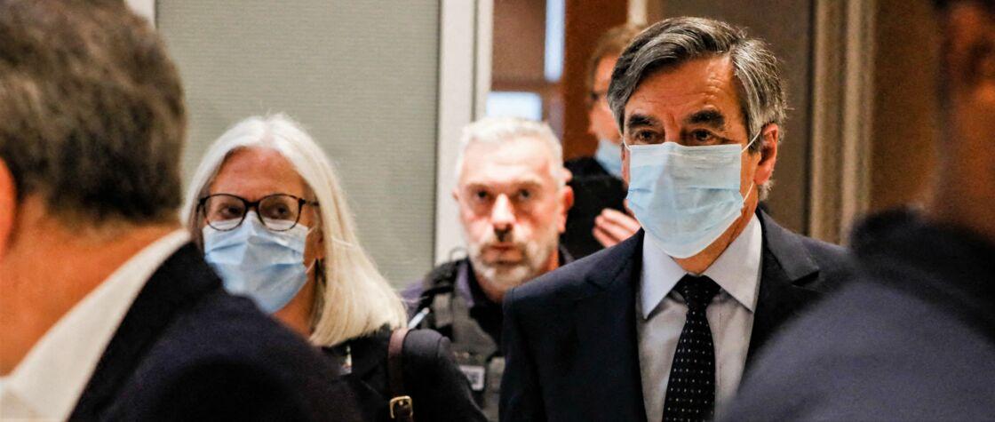 Penelope et François Fillon arrivent à leur audience au tribunal correctionnel de Paris, le 29 juin 2020.