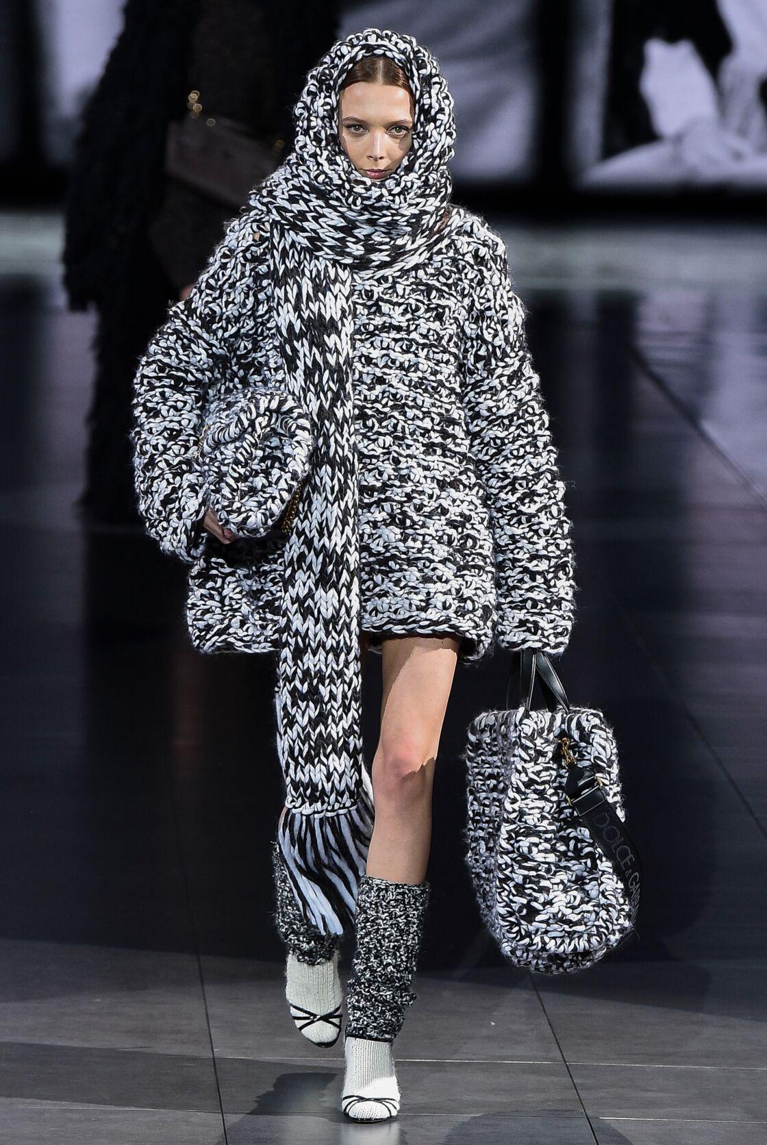 La robe-pull XXL de Dolce & Gabbana