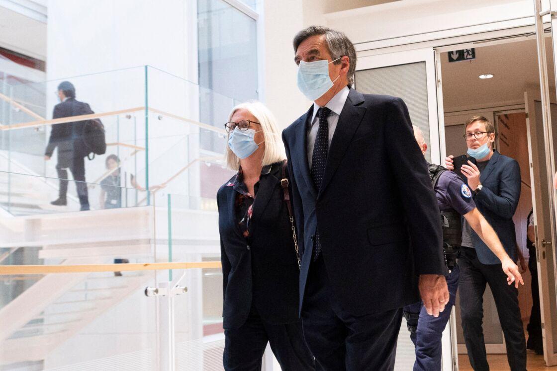 Le jugement de l'ex-Premier ministre, François Fillon, sa femme Penelope et son ancien suppléant à l'Assemblée Marc Joulaud est rendu au tribunal correctionnel de Paris le 29 juin 2020.