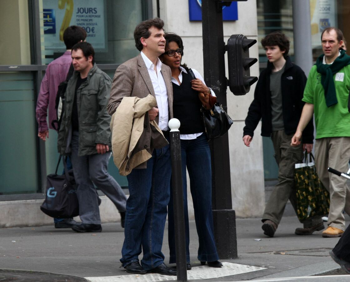 Arnaud Montebourg et Audrey Pulvar dans les rues de Paris, en 2011.