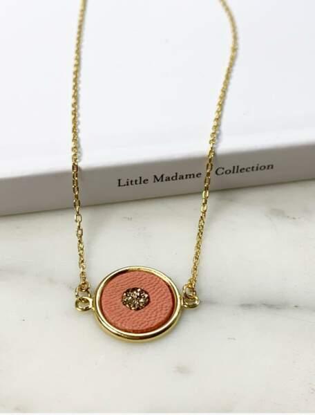 Little Madame s'engage à reverser 5 € à Rose Up Association sur chaque vente du collier Nich-Nich, d'une valeur de 45€.