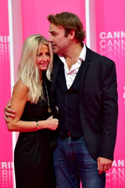 Malgré les 20 années qui les séparent, Patrick Puydebat et sa conjointe Caroline s'entendent à merveille.