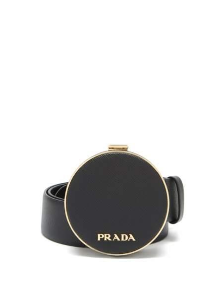 Ceinture en cuir saffiano à boucle pochette, 946€, Prada