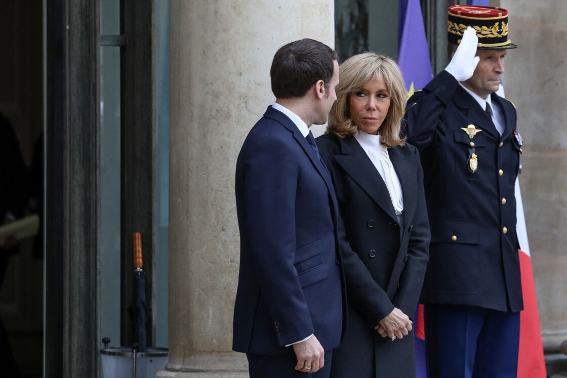 En accédant à l'Elysée au côté de son mari, Brigitte Macron a su se faire une place, devenue une personnalité influente au sein du palais présidentiel.