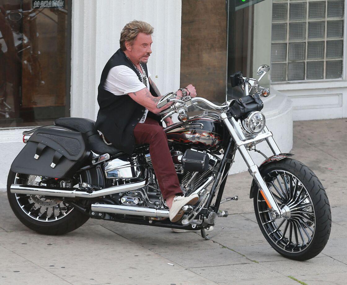 Johnny Hallyday en moto le 16 mars 2014