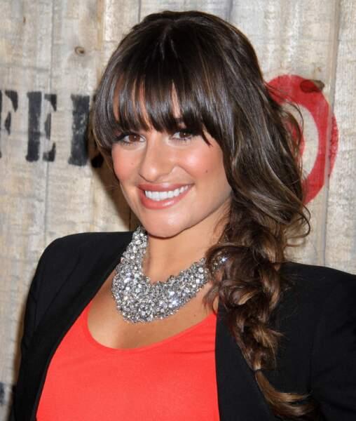 Lea Michele: natte destructurée et frange épaisse