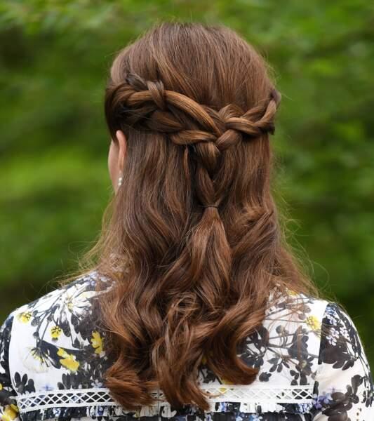 Demie-queue de cheval travaillée pour Kate Middleton